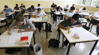 """Istruzione, ministro Fedeli: """"Portare l'obbligo scolastico fino a 18 anni"""""""