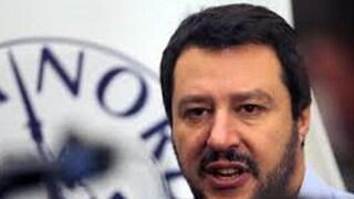 """Migranti, Salvini: """"Disobbedire  a ordini sbagliati è giusto"""""""