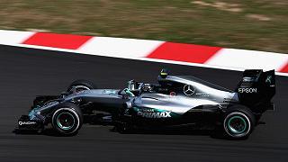 Malesia: Mercedes domina le libere