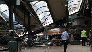 New Jersey, treno si schianta  in stazione: un morto, 108 feriti