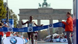 Bekele vince a Berlino e sfiora il record