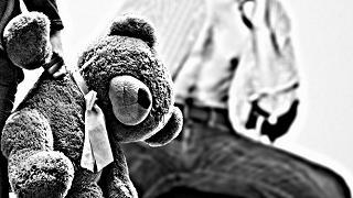 Decine di minori adescati sul web e abusati: smantellata rete di pedofili