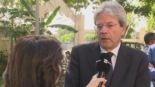 """Referendum, Gentiloni: """"Non si denigrino gli italiani all'estero"""""""