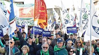 """Salvini: """"Se mi chiedono di fare il premier, ci sono"""". Parisi: non servono gli slogan"""