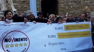 """'Restitution Day' a Firenze, Grillo: """"M5s è realtà che non si può cancellare"""""""