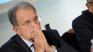 """Prodi sprona l'Europa: """"Anticipi Trump e apra alla Russia di Putin"""""""