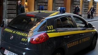 Concorsi truccati e corruzione, arrestati sette docenti universitari