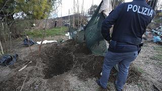 Cadaveri segati e seppelliti arrestati i due responsabili