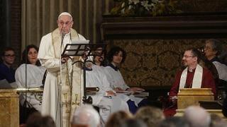 """Il Papa nella chiesa anglicana """"Camminiamo insieme"""""""