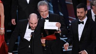 Trionfo La La Land: 6 Oscar  Ma il miglior film è Moonlight