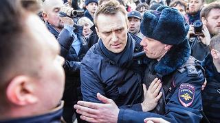 Russia, la polizia ferma Navalny Alta tensione in piazza a Mosca