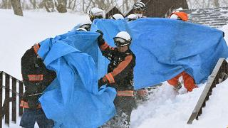 Sei studenti travolti e uccisi da una valanga a nord di Tokyo
