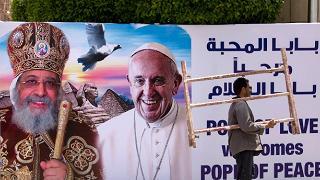 """Inizia il viaggio del Papa. Il tweet: """"Io pellegrino di Pace in Egitto"""""""