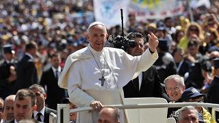 Papa a Azione Cattolica: mettetevi in politica, ma grande politica