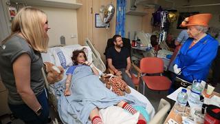 La regina dai feriti in ospedale Polizia: stop informazioni a Usa