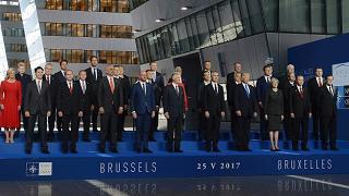 Gentiloni al vertice Nato: alzare il livello della lotta al terrorismo
