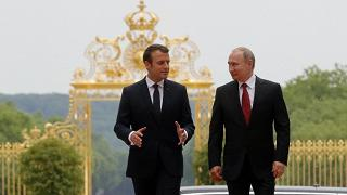 "Macron: ""Collaboreremo  con la Russia nella lotta all'Isis"""