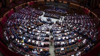 Vaccini: la Camera conferma  la fiducia al Governo, 305 sì