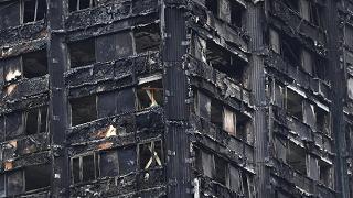 """A rischio 600 edifici: """"Stesso rivestimento della Grenfell Tower"""""""