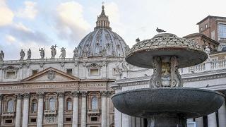 Veleni in Vaticano, ex revisore: cacciato. Mons. Becciu: ci spiava