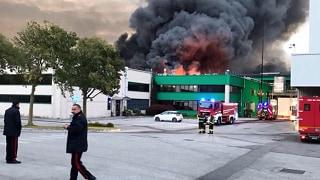 In fiamme la Roncadin: colosso  delle pizze surgelate