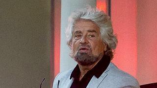 """Grillo: """"Fase nuova, sarò il papà  di tutti"""". Niente palco per Fico"""