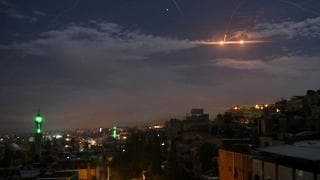 "Raid israeliano in Siria: ""Avvertimento all'Iran"""