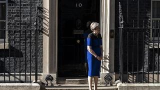 Downing Street smentisce immediate dimissioni May
