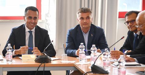 Lavoro, Di Maio: continuità a cassa integrazione straordinaria – Rai News