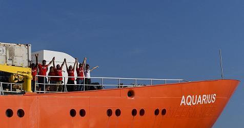 Aquarius, accordo Portogallo-Spagna-Francia per accogliere i migranti. Saranno portati a Malta – Rai News