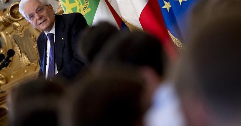 """Mattarella: """"Il potere inebria, servono i contrappesi della Costituzione"""" – Rai News"""