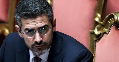 Dl sicurezza il governo presenta un maxi emendamento e for Lavori senato oggi