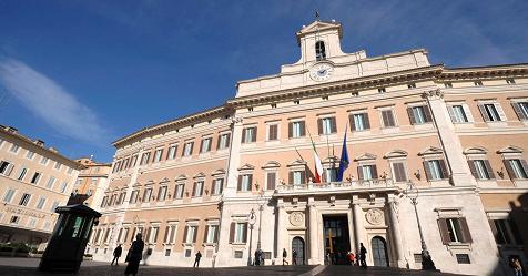 """M5S: al via riunione dei probiviri per valutare sanzioni ai parlamentari """"morosi"""" – Rai News"""
