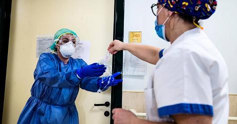 Coronavirus: aumentano i nuovi casi, 386 in più da ieri. 765 le persone guarite, 3 i morti thumbnail