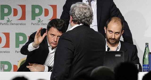 Indetto congresso Pd. Renzi: no ricatti Emiliano media, poi fa marcia indietro