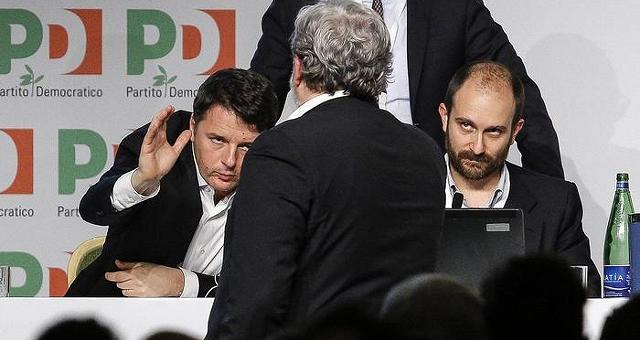 """Renzi non cede, al via iter congressuale La Minoranza: """"Ha scelto la scissione"""""""