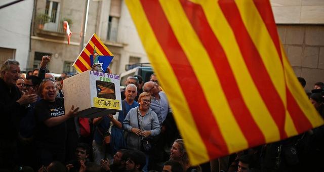"""Blitz di Madrid, arresti a Barcellona Rajoy: """"Unica risposta possibile"""""""