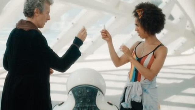 Rai 4 Doctor Who X ep.2 -Smile