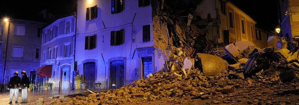 Il terremoto non dà tregua  Notte di paura tra Umbria e Marche