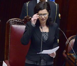 Laura boldrini il nuovo presidente della camera dei for Presidente dei deputati