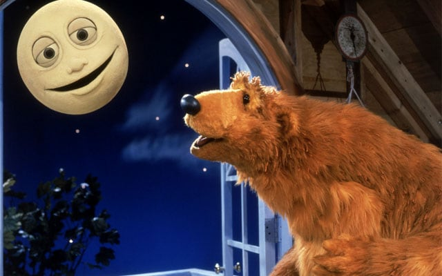 Risultati immagini per casa blu orso