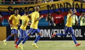 Amichevoli: Brasile-Colombia 1-0