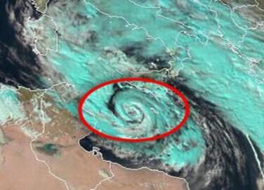 Tg3 - Maltempo, allarme ciclone in Sicilia. Italia allagata