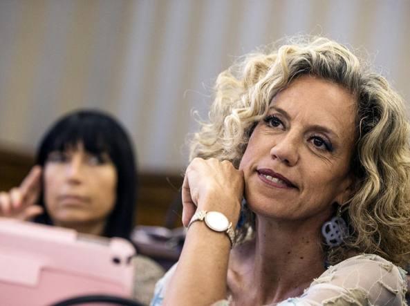 Unioni civili: Renzi, per Pd riforma irrinviabile
