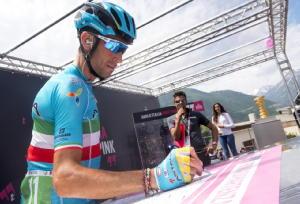 """Giro: Nibali """"via pensieri e la svolta"""""""
