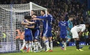 Premier: Chelsea vince e vola a +11