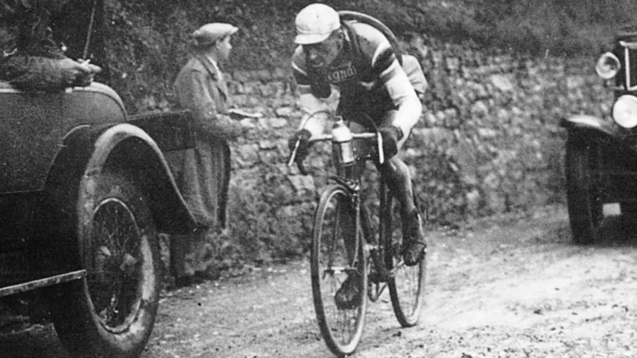 Rai Sport+ HD Ciclismo:Cento Giri Il - Film a Colori di Carlo Pozzi