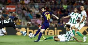 Spagna: Barca ok, 2-0 al Betis Siviglia