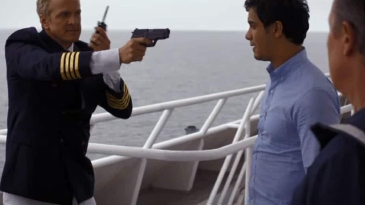 Rai 4 Scorpion S1E16 - Love Boat