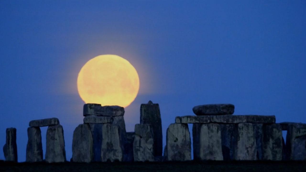 Rai 5 Moon: Illuminati dalla Luna - E1